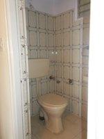 13OAU00041: Bathroom 3