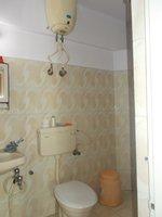 13OAU00041: Bathroom 2