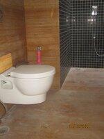 14DCU00611: Bathroom 4