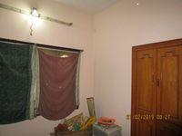 13F2U00412: Bedroom 2