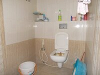 15M3U00008: Bathroom 1