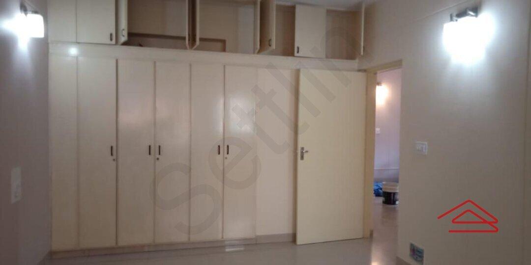 15F2U00067: Bedroom 1