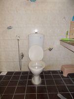 11NBU00654: Bathroom 2