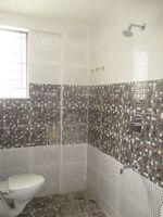 11NBU00210: Bathroom 1