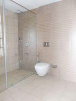 13M3U00077: Bathroom 1