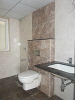 13M5U00538: Bathroom 2