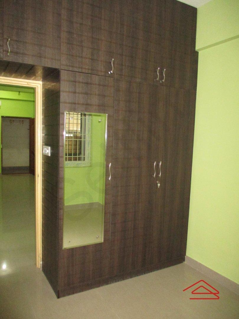 14NBU00464: Bedroom 1