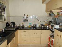 13J1U00046: Kitchen 1