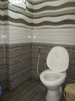 14J6U00234: Bathroom 3