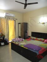 15M3U00117: Bedroom 2