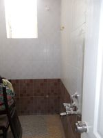 12M5U00089: Bathroom 1