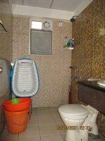15OAU00008: Bathroom 2