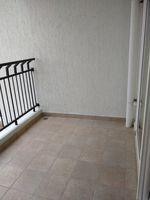 13M5U00715: Balcony 1