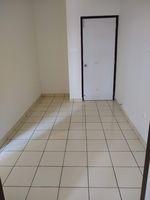 13M5U00715: Servant Room 1