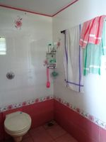 12S9U00188: Bathroom 2