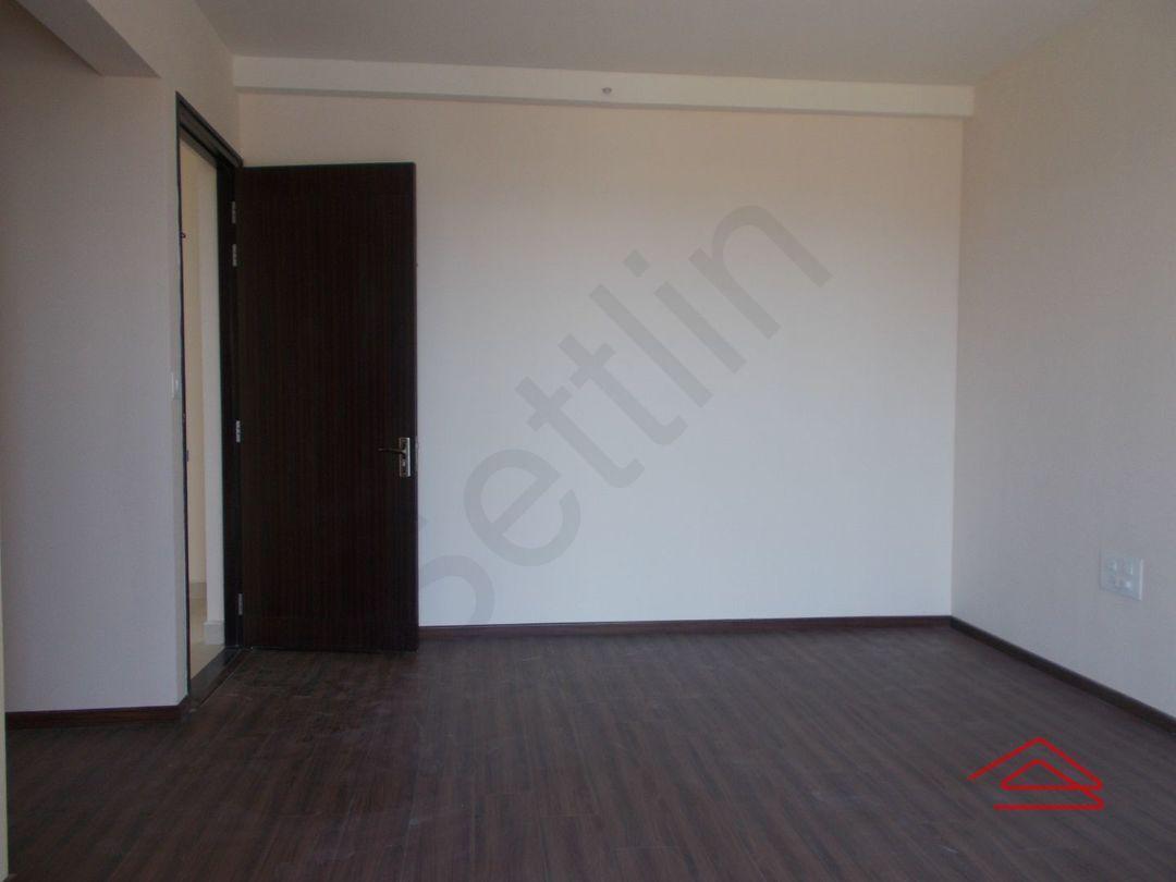 13J6U00070: Bedroom 1
