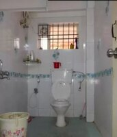 14A4U00075: Bathroom 1