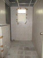 15J7U00061: Bathroom 3