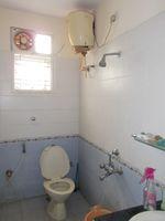 13J1U00219: Bathroom 2