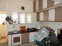 13J1U00219: Kitchen 1
