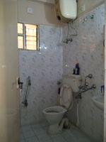 11OAU00187: Bathroom 2