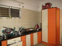 302: Kitchen