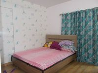 13J7U00039: Bedroom 2