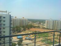13M5U00209: Balcony 2