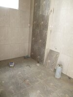 15M3U00317: Bathroom 2