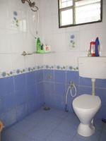 11NBU00138: Bathroom 1