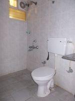 12A4U00101: Bathroom 1