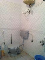 11S9U00417: Bathroom 1