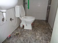 12A8U00004: Bathroom 2