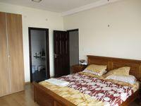 10J7U00017: Bedroom 2
