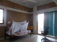 14M3U00274: bedrooms 2