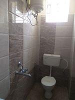 12S9U00100: Bathroom 1