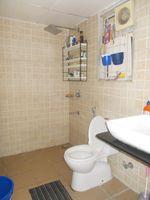 13F2U00427: Bathroom 1
