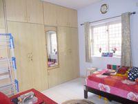 13F2U00427: Bedroom 2