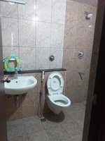 14M5U00025: Bathroom 1