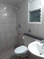 14M5U00025: Bathroom 2