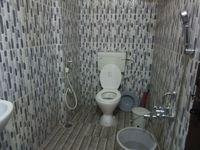 13J6U00361: Bathroom 1
