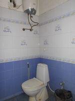 13J1U00243: Bathroom 3