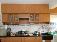 12M5U00240: Kitchen 1