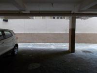 12M5U00240: parking 1
