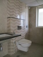 15A4U00154: Bathroom 1