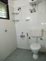 12J1U00190: Bathroom 2