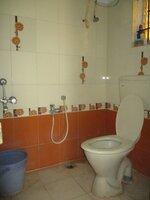15A4U00014: Bathroom 1