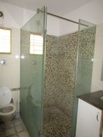 13A4U00288: Bathroom 1