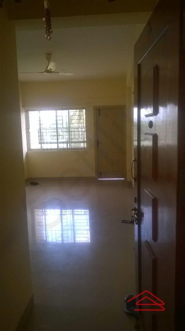13J6U00335: Bedroom 1