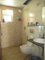14A4U00275: Bathroom 1